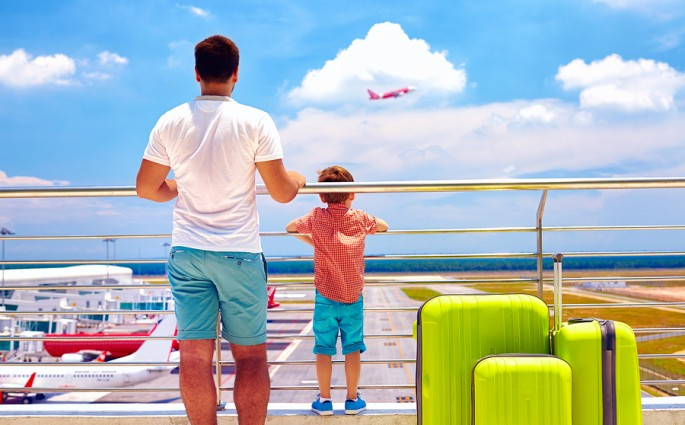 Flying with kids – What to wear travel