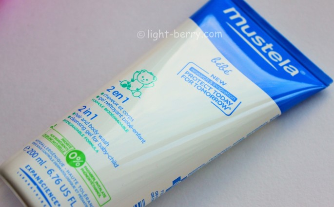 Mustela Bébé 2 in 1 Hair & Body Wash review