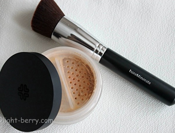 Lily Lolo Mineral Foundation and bareMinerals Precision Face Brush